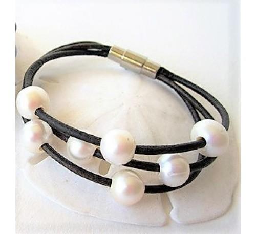 Leather Pearl Bracelet (LB-903502)