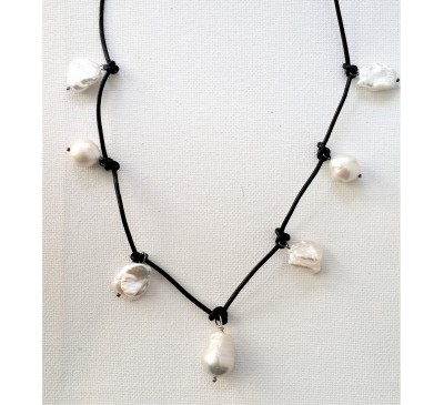 7 Baroque Pearl Leather Necklace - Black (LN-906032)