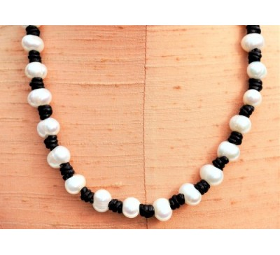 Knotted Leather Pearl Necklace - Black (LN-906039)